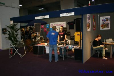 Exhibitor stand
